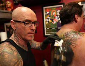 Mirá los peores tatuajes de Bad Ink