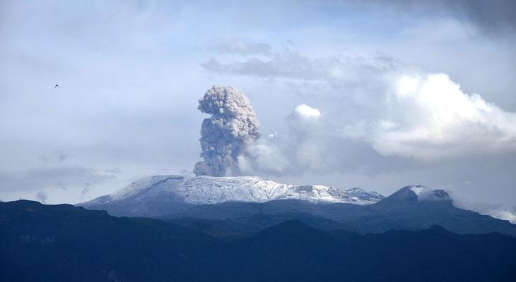 El-Nevado-del-Ruiz,-Colombia