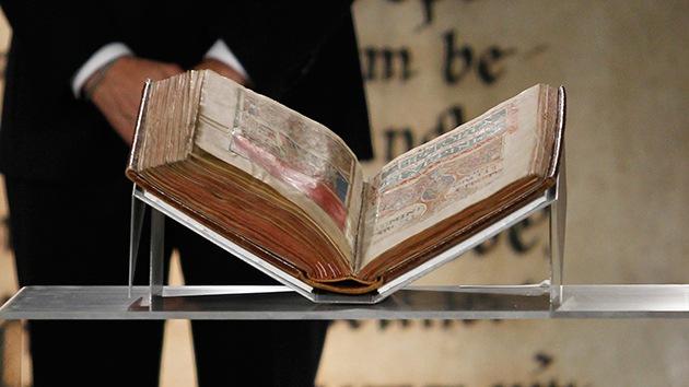 [Imagen: biblia.secreta.jpg]