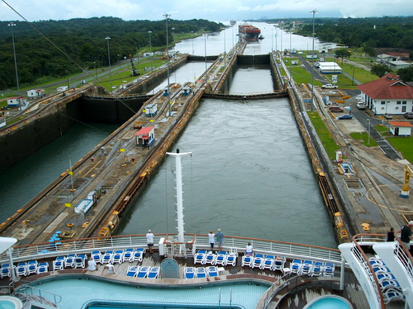 the history of the panama channel Milestones in the history of us foreign relations has been retired and is no longer maintained for more information, please see the full notice building the panama canal, 1903-1914 president theodore.