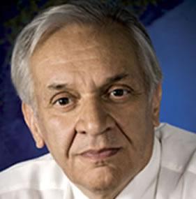 Dr. Jorge Reynolds