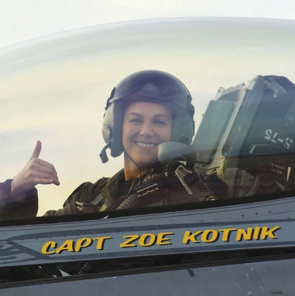 2303.LT.Comandante.JPG