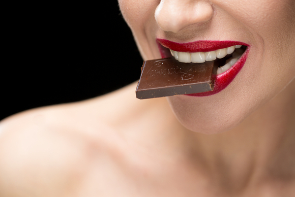 MUJER COME CHOCOLATE