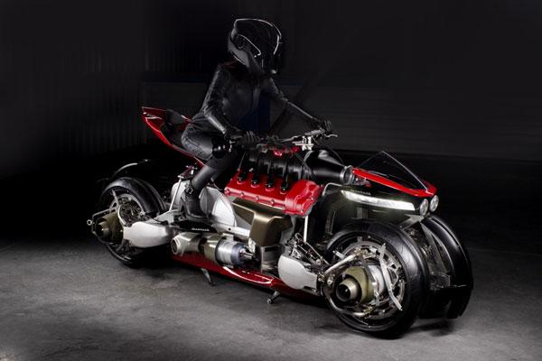 1004.H.Moto.1.jpg