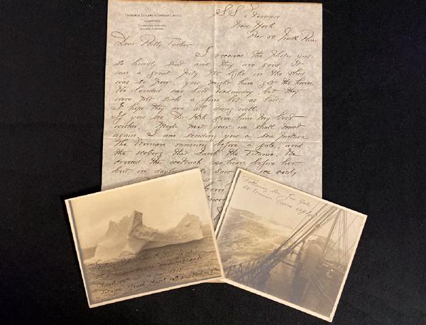 Fotografías y carta.