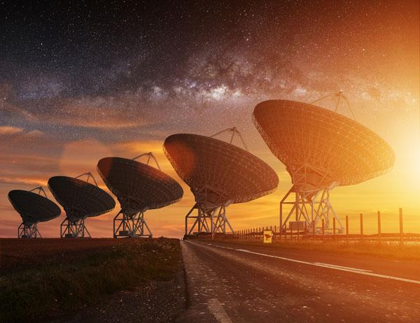 Radares apuntan al cielo en busca de vida extraterrestre