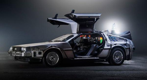 Auto de la saga de Volver al futuro, el DeLorean DMC-12.