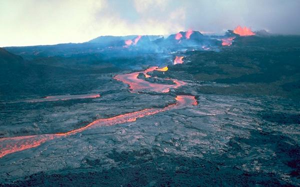 El volcán más grande del mundo podría entrar en erupción - 1