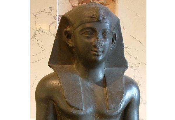 Por qué las estatuas del Antiguo Egipto tienen las narices rotas - 1