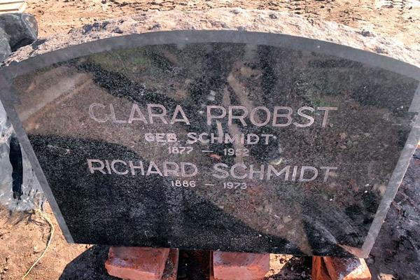 Descubren la lápida de un jerarca nazi, oculta en una casa de Argentina - 1