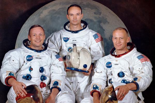 astronautas.luna