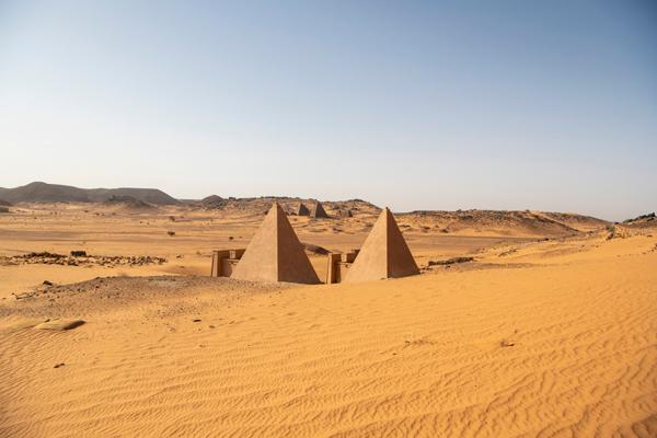 Pais.Piramides
