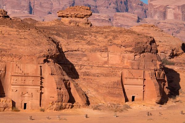Hegra: la descomunal ciudad tallada en piedra que abre sus puertas después de 2 mil años - 2