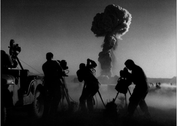 Ensayos nucleares: el terrible final de los fotógrafos de Hollywood - 1