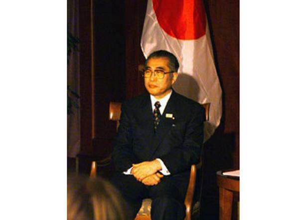 Kenzo Koshijima.
