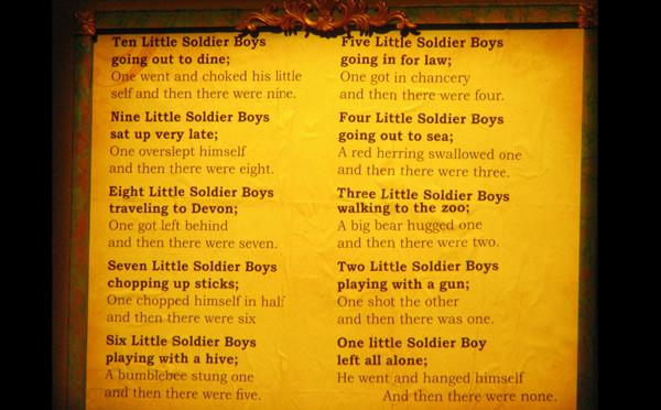 El poema de Agatha Christie en versión modificada.