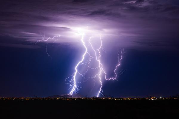 La máquina que fabricaba lluvias y tormentas: ¿ciencia o mito? - 1