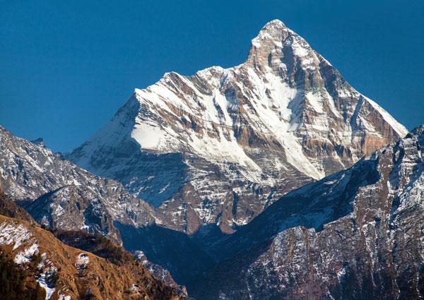 Vista a la montaña Nanda Devi