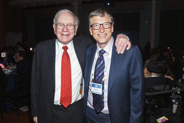 Warren Buffett junto a Bill Gates.