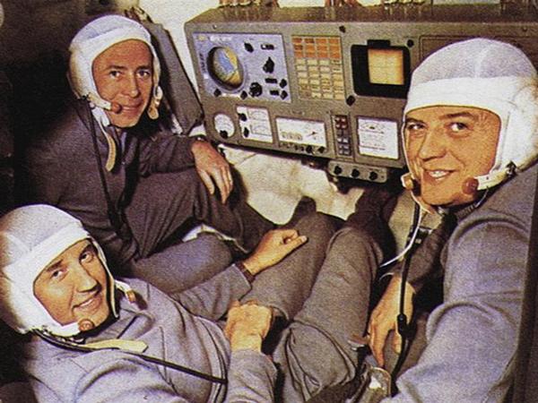 Los cosmonautas Vladislav Vólkov, Gueorgui Dobrovolski y Viktor Patsáyev.